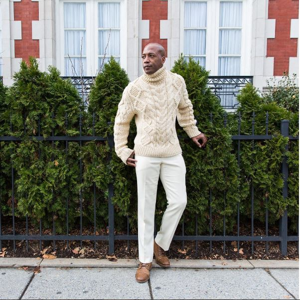 IMAGE: IG user @dcfashionfool / POST: It's #nojeansjanuary brought to you by @stylegf. Can you go one month, no denim? It's week 1 and I'm rocking cream chinos with a chunky cream turtleneck. Love this tonal look!