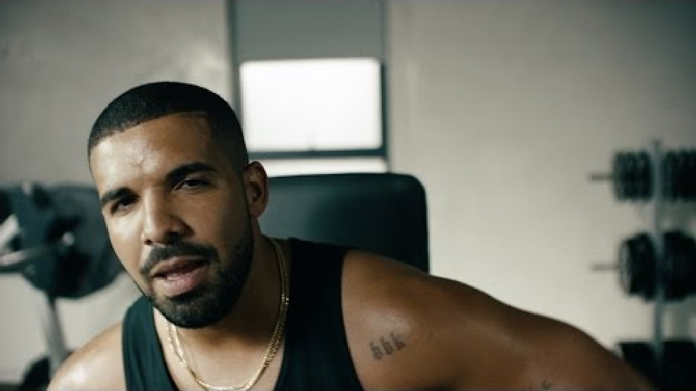 Drake sings, jams to Taylor Swift's 'Bad Blood' in new Apple Music ad