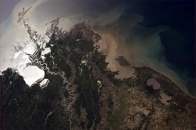 Mississippi delta - heartland topsoil flowing relentlessly into the Gulf of Mexico. (Photo & Caption: Col. Chris Hadfield, NASA)