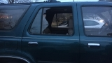 Windows smashed on multiple vehicles at south Tulsa apartment complex